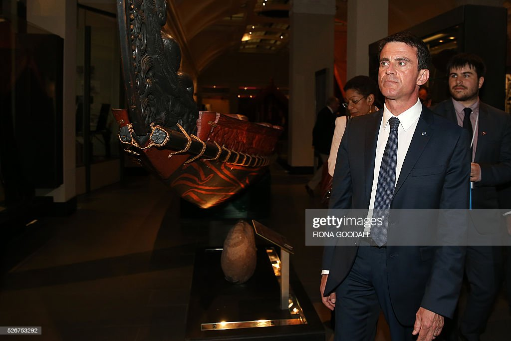 French Prime Minister Manuel Valls visits Auckland War Memorial Museum ahead of a French community event on May 1, 2016. / AFP / Fiona Goodall