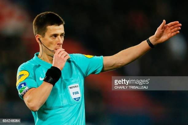 French referee Benoit Bastien whistles during the French L1 football match between Caen and Bordeaux on January 7 2017 at the Michel d'Ornano stadium...