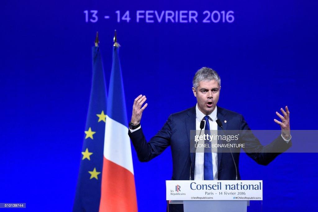 French right-wing Les Republicains (LR) party delegate Vice-President, Laurent Wauquiez delivers a speech during the LR National Council on February 14, 2016 in Paris. AFP PHOTO / LIONEL BONAVENTURE / AFP / LIONEL BONAVENTURE
