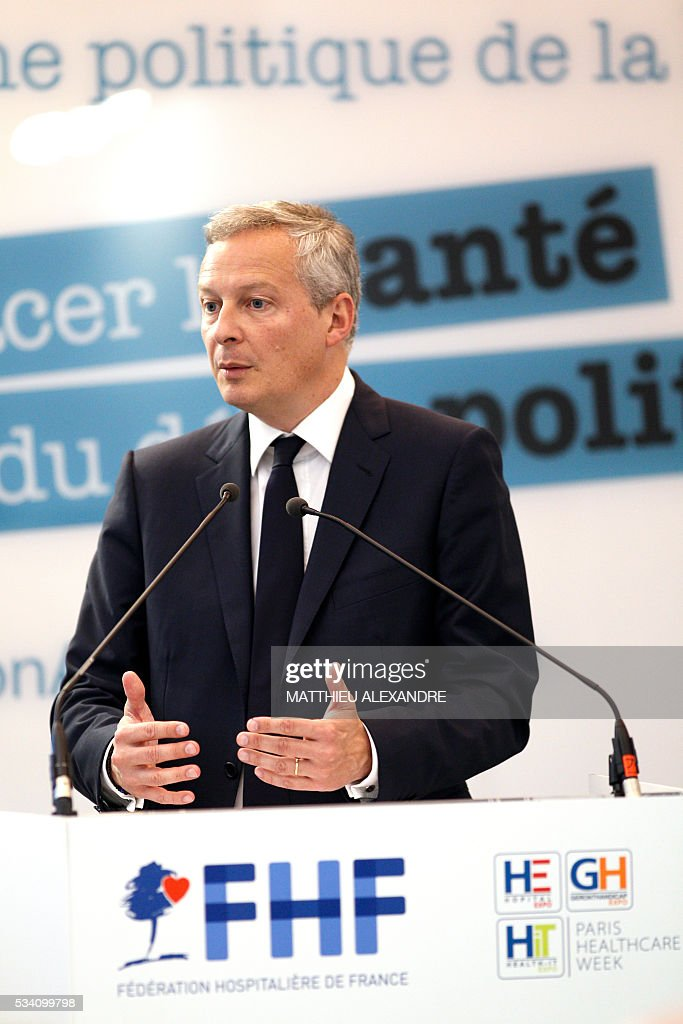 French right-wing Les Republicains (LR) party MP and candidate for the party's primary for the 2017 presidential election Bruno Le Maire delivers a speech during the Paris healthcare week on May 25, 2016 in Paris. / AFP / MATTHIEU