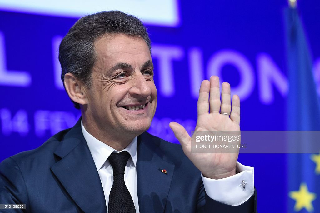 French right-wing Les Republicains (LR) party President, Nicolas Sarkozy gestures during the LR National Council on February 14, 2016 in Paris. AFP PHOTO / LIONEL BONAVENTURE / AFP / LIONEL BONAVENTURE