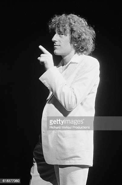 French singer Alain Souchon performs on stage during a 1979 concert at the Olympia in Paris Souchon is performing with fellow pop singer Laurent...