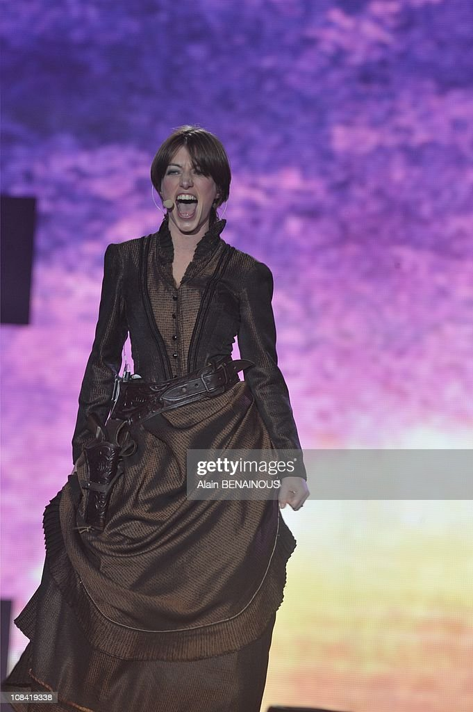"French singer Anais performs during the 24th 'Music's Victories"" annual ceremony, France's top music award in Paris, France on February 28th, 2009."