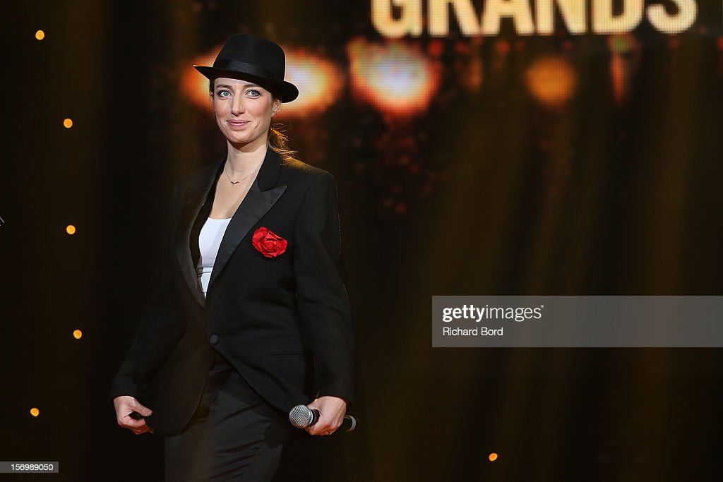 French singer Anais performs onstage as she receives the 'Prix Francis Lemarque' during the 'Grand Prix SACEM 2012' at Casino de Paris on November 26, 2012 in Paris, France.