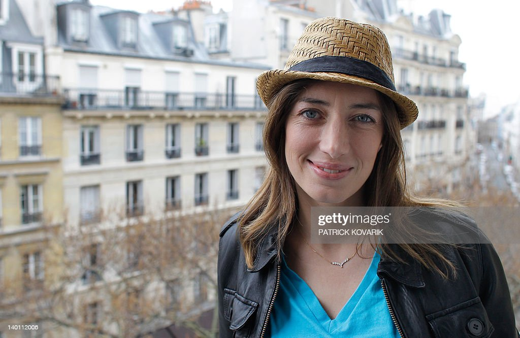 French singer Anais poses on February 28, 2012 in Paris. AFP PHOTO PATRICK KOVARIK