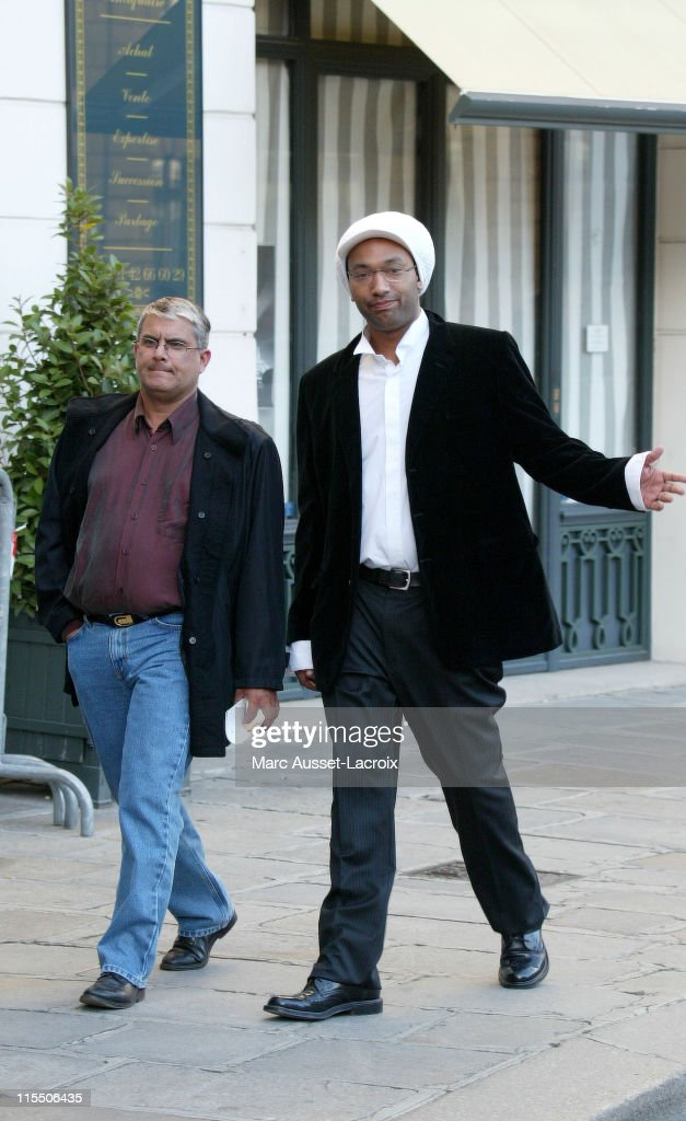 French singer Doc Gyneco arrives at the Interior ministry, Place Beauvau in Paris on August 30, 2006 to attend a ceremony organized by French interior minister Nicolas Sarkozy about the peer to peer and copyrights in internet market.