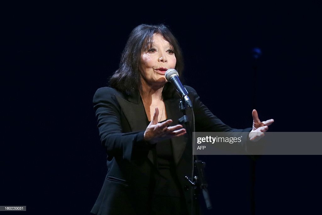 French singer Juliette Greco performs during a special event gathering artists and celebrities in support of French government plans to legalise gay marriage and same-sex adoption on January 27, 2013 in Paris, two days before parliament takes up the text, which has been met with strong opposition from the right and the Catholic Church.