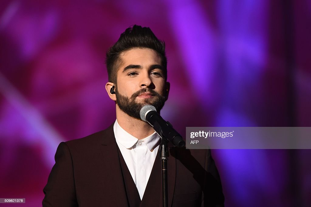 French singer Kendji Girac performs on stage during the 31st Victoires de la Musique, the annual French music awards ceremony, on February 12, 2016 at the Zenith concert hall in Paris. AFP PHOTO / BERTRAND GUAY / AFP / BERTRAND GUAY