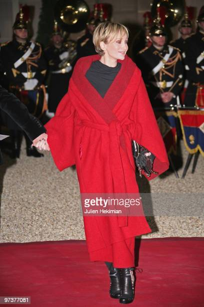 French Singer Patricia Kaas arrives to attend a state dinner honouring visiting Russian President Dmitry Medvedev at the Elysee Palace on March 2...