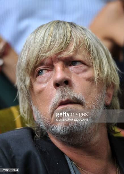 French singer Renaud Sechan looks on on August 28 in ChanceauxprèsLoches central France during the 21th book fair 'The book forest' / AFP / GUILLAUME...