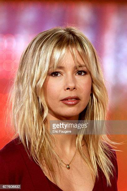 French singer Romane Serda on the set of Pascal Sevran's TV show 'Chanter La Vie'