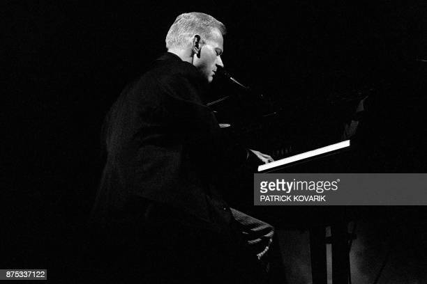 French singer William Sheller performs on September 11 1984 on the Olympia concert hall stage in Paris William Sheller auteurcompositeurinterprète...