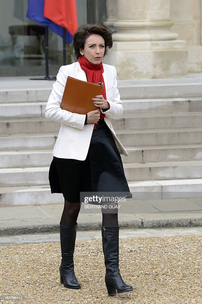 French Social Affairs and Health Minister Marisol Touraine leaves the Elysee Presidential Palace in Paris on February 27, 2013, at the end of the weekly cabinet meeting.