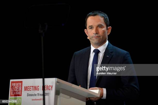 French Socialist candidate for the Presidential Election Benoit Hamon addresses voters during a political meeting at AccorHotels Arena on March 19...