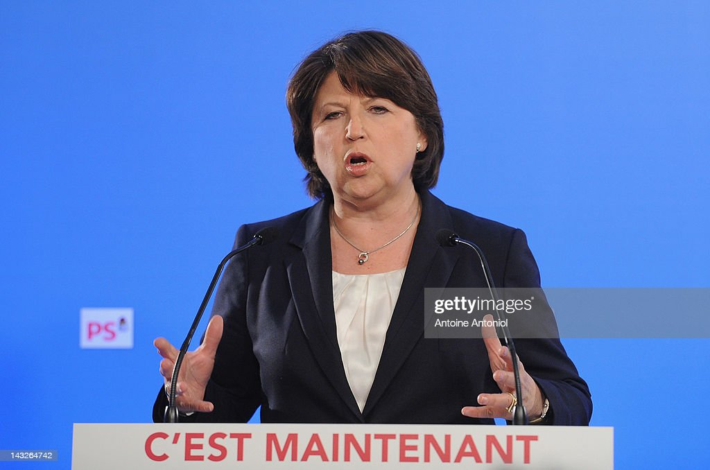 French Socialist Party first secretary <a gi-track='captionPersonalityLinkClicked' href=/galleries/search?phrase=Martine+Aubry&family=editorial&specificpeople=590991 ng-click='$event.stopPropagation()'>Martine Aubry</a> speaks after the results of the first round of the 2012 French Presidential election at the Socialist Party headquarters on April 22, 2012 in Paris, France. French citizens will vote in the second round of the presidential election, with two finalists facing off, on May 6.