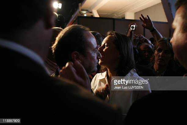 French Socialist Party 'S Presidential Candidate Segolene Royal Campaigns In Toulouse France On April 19 2007 Francois Hollande and Segolene Royal...