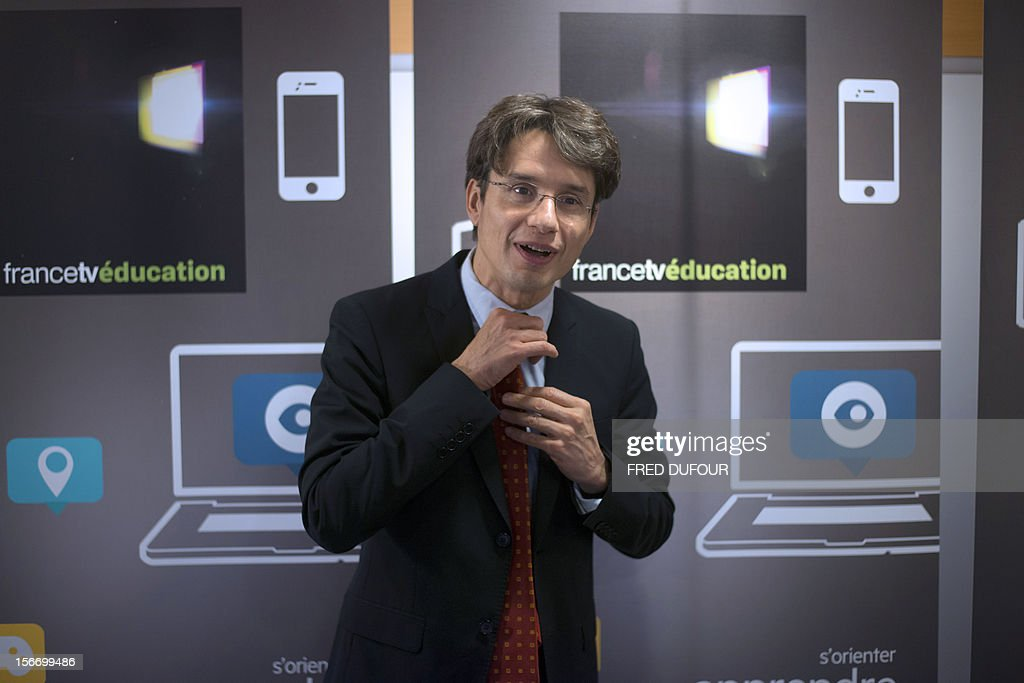 French state owned television group France Television's director for digital development Bruno Patino poses after a press conference to launch the group's new website 'francetveducation,' on November 19, 2012 at France Télévision headquarters in Paris. AFP PHOTO / FRED DUFOUR