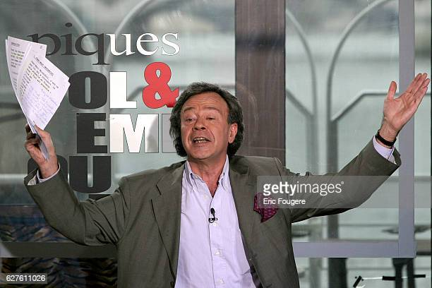 French television presenter of the debate broadcast 'Piques et Polémiques' on France 3 Paul Wermus