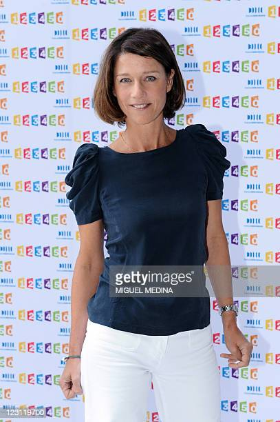 French TV host Carole Gaessler poses during a photocall at the France Television headquarters on August 31 2011 in Paris AFP PHOTO MIGUEL MEDINA