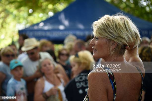 French tv host Sophie Davant poses during the 22th La Foret Des Livres book fair on August 27 2017 in ChanceauxpresLoches central France La Foret Des...