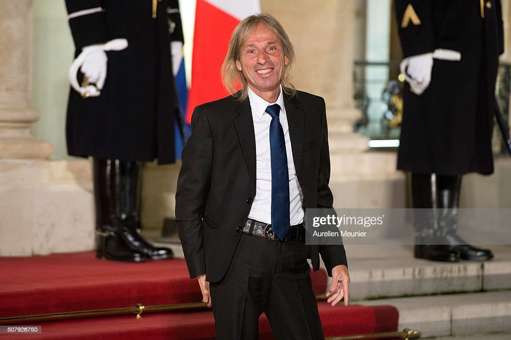 French urban climber <a gi-track='captionPersonalityLinkClicked' href=/galleries/search?phrase=Alain+Robert+-+Climber&family=editorial&specificpeople=769748 ng-click='$event.stopPropagation()'>Alain Robert</a> arrives at Elysee Palace as French President Francois Hollande receives the Cuban President Raul Castro for a State Diner on February 1, 2016 in Paris, France. During the visit of Cuban President in Franche, around a dozen commercial, tourism and fair trade contracts were signed as France want to be the leader on the Cuban market.