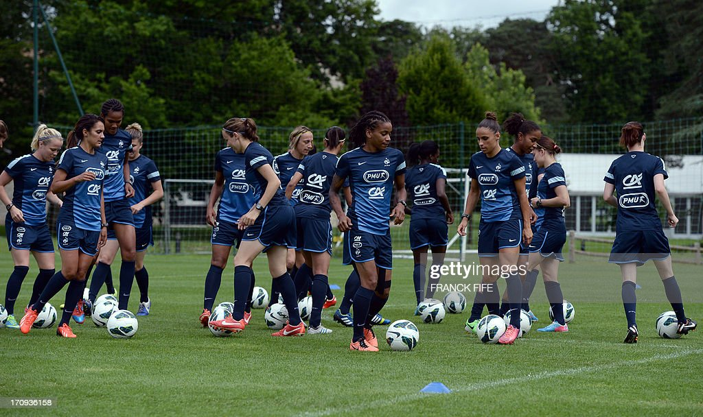 French women's national football team players take part in a training session on June 20, 2013 in Clairefontaine-en-Yvelines, outside Paris, ahead of the July 10 to 28 European Championship in Sweden.