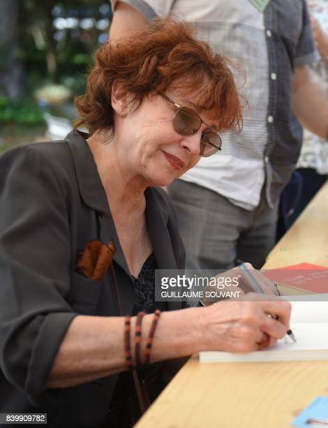 French writer and actress Marlene Jobert signs book a during the 22th La Foret Des Livres book fair on August 27 2017 in ChanceauxpresLoches central...