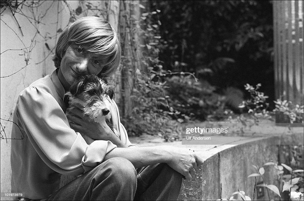 PARIS FRANCE MAY 19 French writer Francoise Sagan poses at home during a portrait session held on may 19 1981 in Paris France