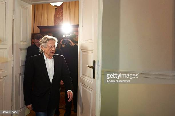 FrenchPolish film director Roman Polanski arrives to attend a press conference at the Bonarowski Palace Hotel on October 30 2015 in Krakow Poland The...