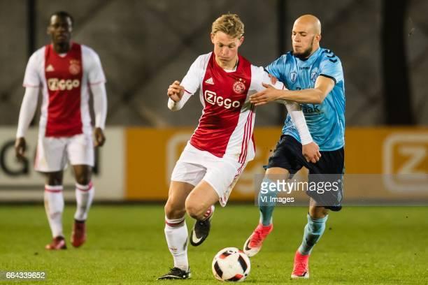 Frenkie de Jong of Jong Ajax Hamza Boukhari of Jong FC Utrechtduring the Jupiler League match between jong Ajax and Jong FC Utrecht at De Toekomst on...