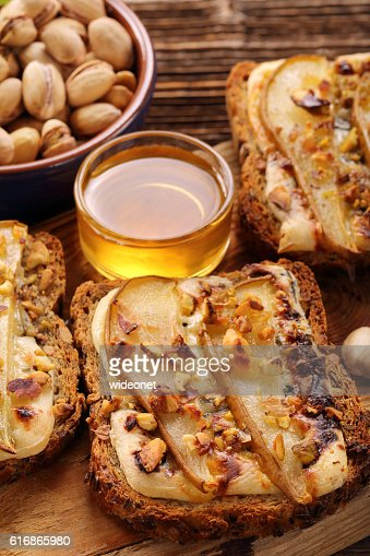 Fresh crispy whole bread toast with pears : Stock Photo