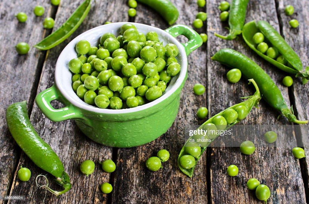 Fresh peas : Stock Photo