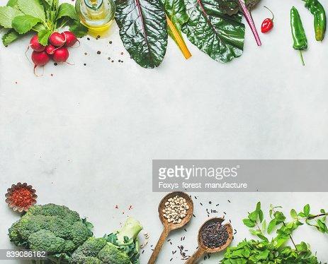 Frischen rohe grünen, Gemüse und Getreide, kopieren Raum : Stock-Foto