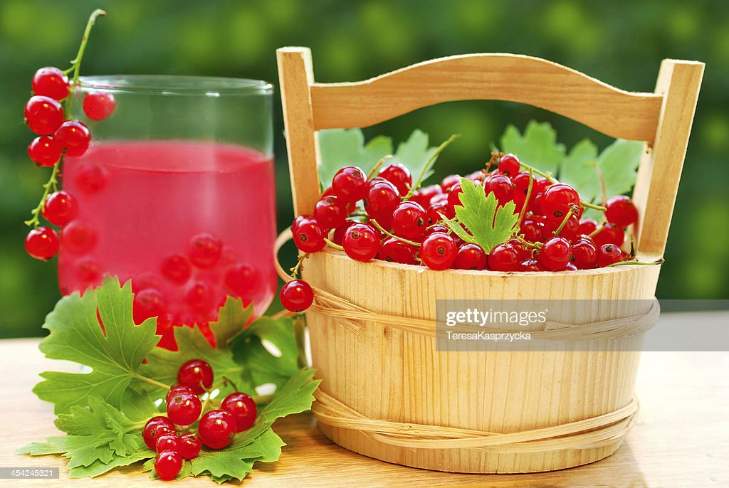 fresh red currant and juice : Stock Photo