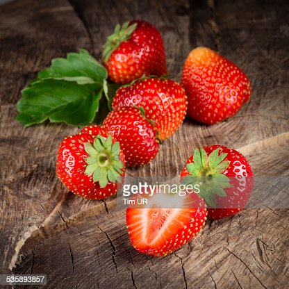 Fresh ripe strawberry. Group of berries : Bildbanksbilder