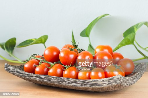 Fresh tomatoes : Stock Photo