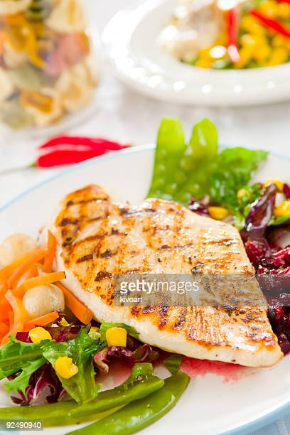 Freshly grilled chicken breast with vegetables