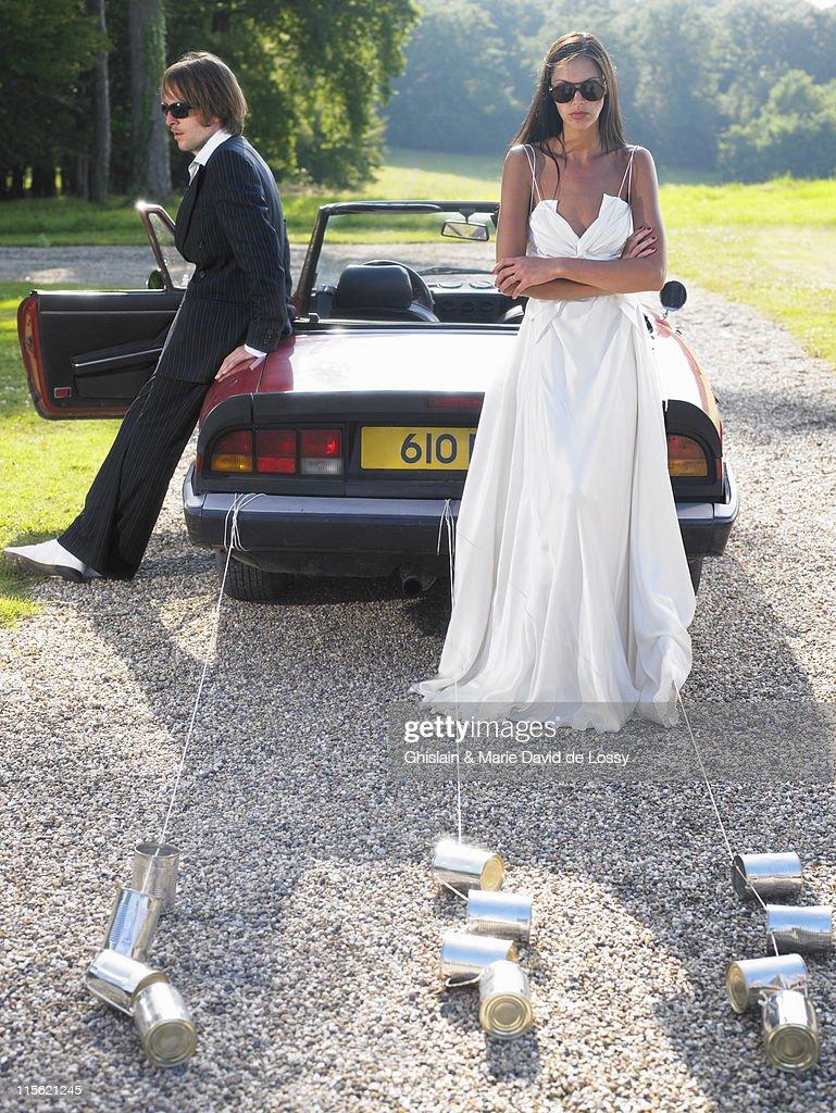 Freshly married couple wich's car broke