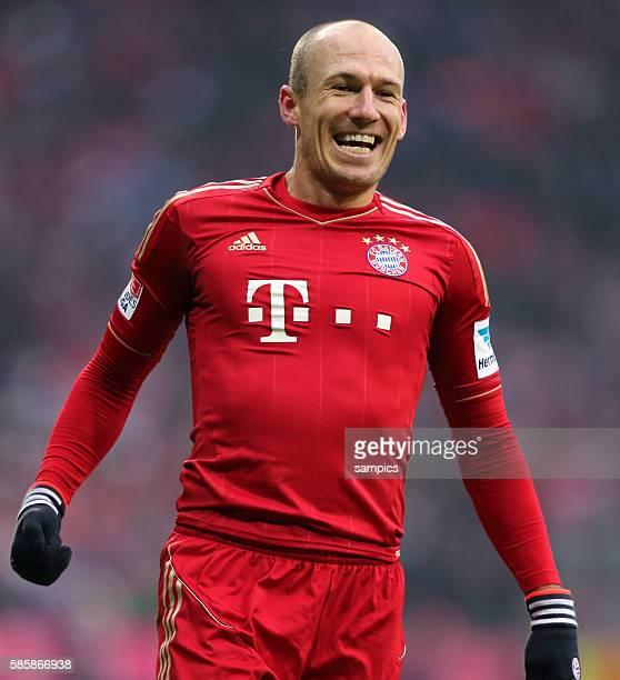 Freute sich über sein Tor Arjen ROBBEN FC Bayern München 1 Bundesliga Fussball FC Bayern München Werder Bremen 61 Saison 2012 / 2013