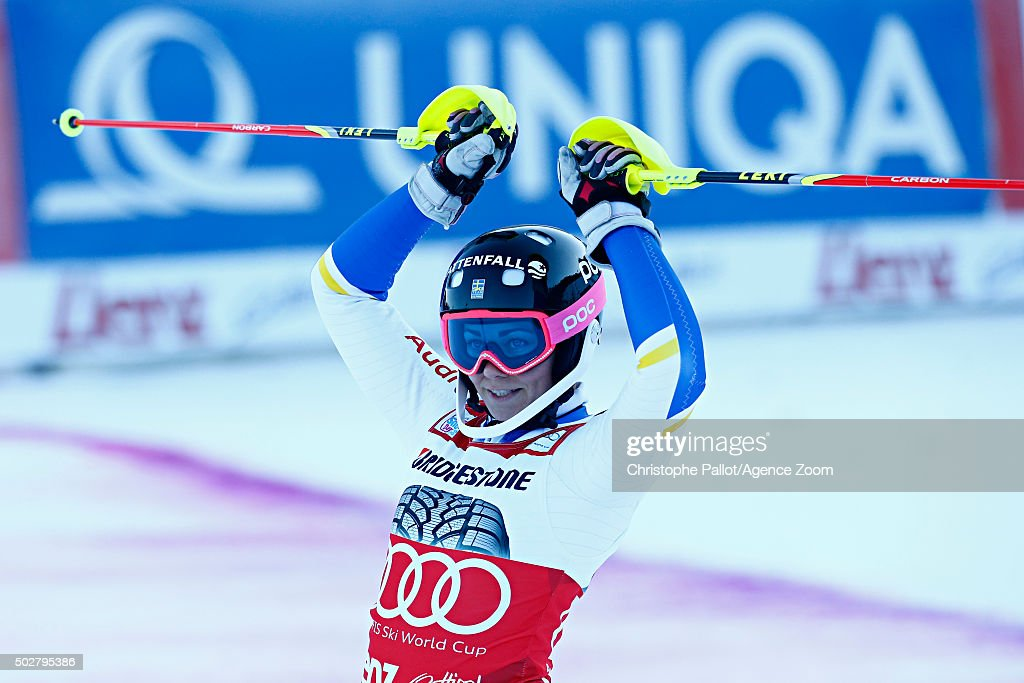 <a gi-track='captionPersonalityLinkClicked' href=/galleries/search?phrase=Frida+Hansdotter&family=editorial&specificpeople=4140483 ng-click='$event.stopPropagation()'>Frida Hansdotter</a> of Sweden takes 1st place during the Audi FIS Alpine Ski World Cup Women's Slalom on December 29, 2015 in Lienz, Austria.