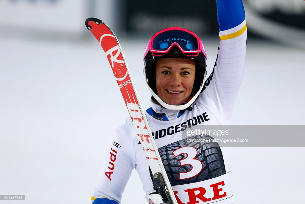 <a gi-track='captionPersonalityLinkClicked' href=/galleries/search?phrase=Frida+Hansdotter&family=editorial&specificpeople=4140483 ng-click='$event.stopPropagation()'>Frida Hansdotter</a> of Sweden takes 2nd place during the Audi FIS Alpine Ski World Cup Women's Slalom on December 13, 2015 in Are, Sweden.