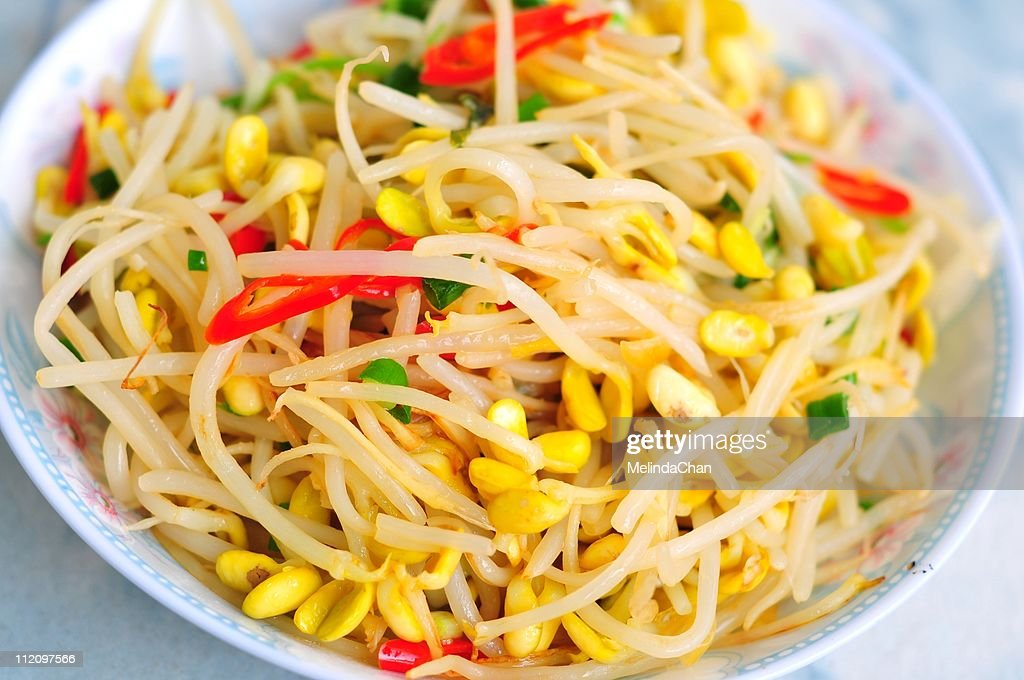 Fried bean sprout : Stock Photo