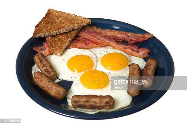 Uova fritte con pancetta, salsiccia