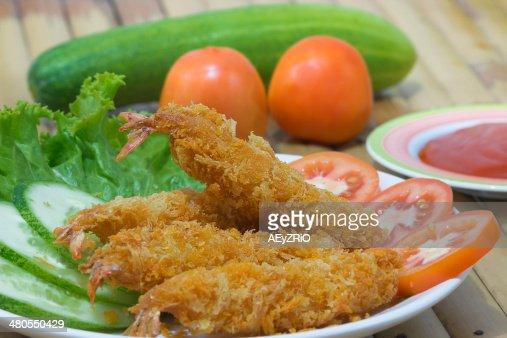 Fried shrimp : Stock Photo