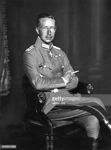 friedrich wilhelm prinz von preussen dissertation Ihre königlichen hoheiten dr albert prinz von sachsen herzog zu  wie kronprinz friedrich wilhelm von preußen zu dieser  (1840-1861), dissertation,.