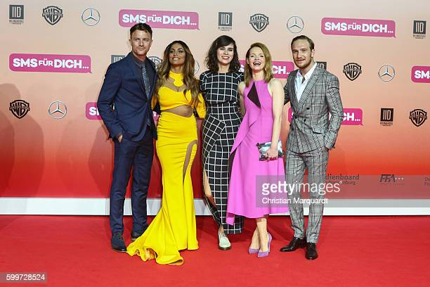 Friedrick Muecke Enissa Amani Nora Tschirner Karoline Herfurth and Frederick Lau The Cast of the Film attend the German premiere of the film 'SMS...