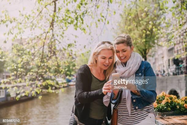 Vrienden van de rivier In Amsterdam