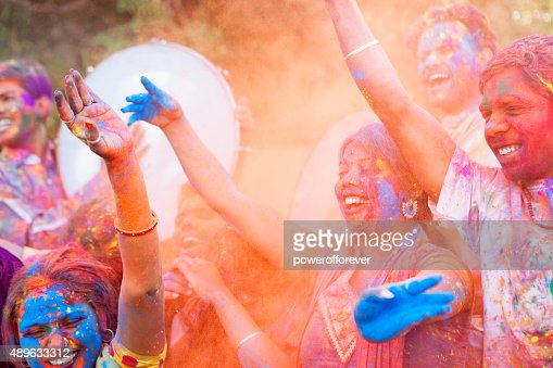 ご友人とのお祝いには、ホーリー祭、インド