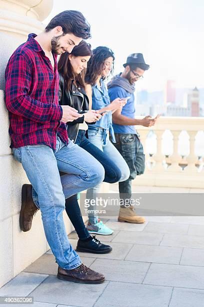 Freunde genießen und in-Technologie