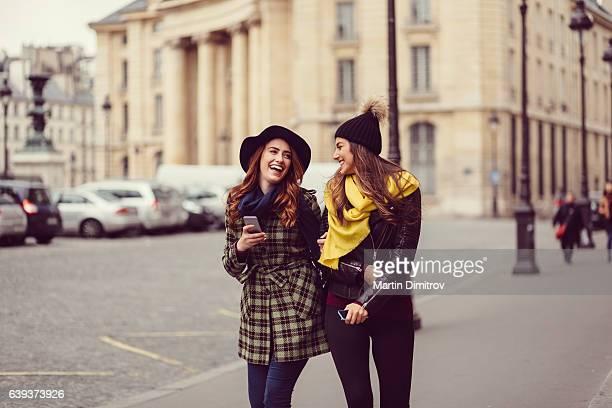 Friends enjoying Paris